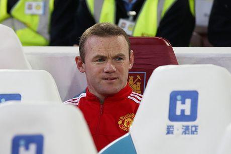 West Ham 0-0 Man Utd (H1): Fellaini, Lingard bo lo co hoi - Anh 1
