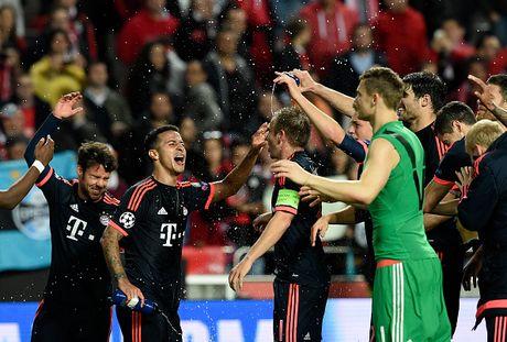 Bayern vao ban ket cup C1 sau chien thang chung cuoc 3-2 - Anh 1