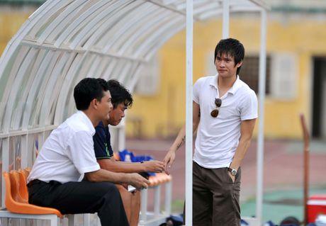 Cong Vinh va tuong lai bat on o Binh Duong - Anh 3