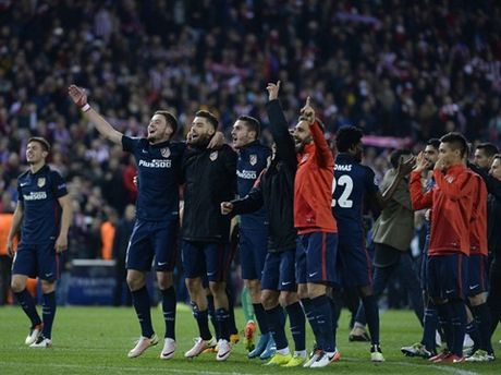 Barca thua, Ancelotti ly giai loi nguyen Champions League - Anh 3