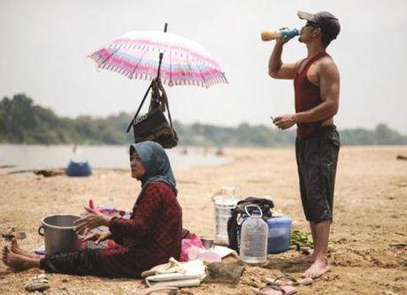 Nang nong ky luc, Malaysia dong cua 259 truong hoc - Anh 2