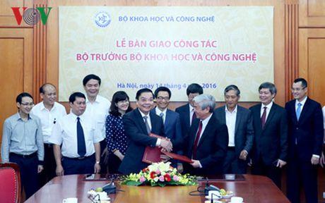 Ban giao nhiem vu cho Bo truong Bo Khoa hoc va Cong nghe - Anh 1