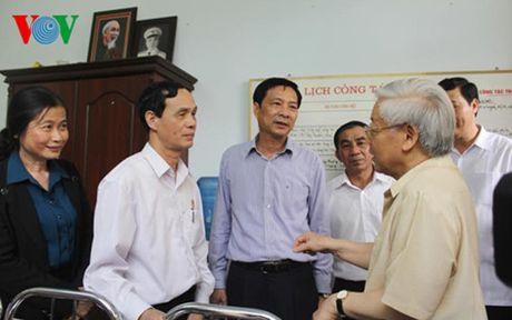 Tong Bi thu Nguyen Phu Trong tham va lam viec tai Quang Ninh - Anh 1