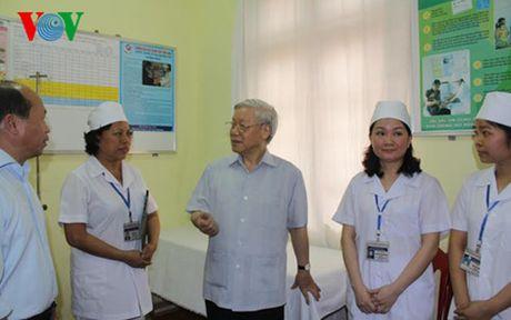Tong Bi thu Nguyen Phu Trong tham va lam viec tai Quang Ninh - Anh 3
