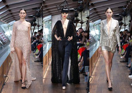 J Summer Fashion Show: Trinh dien thoi trang tren dong song Seine - Anh 2