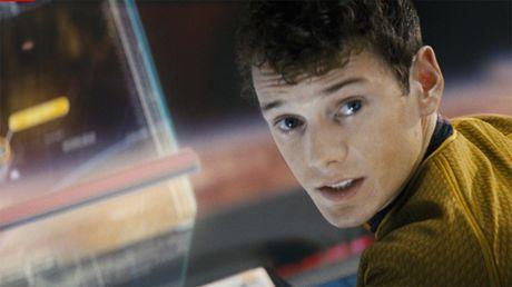 Ngoi sao 'Star Trek' qua doi o tuoi 27 vi tai nan hi huu - Anh 1