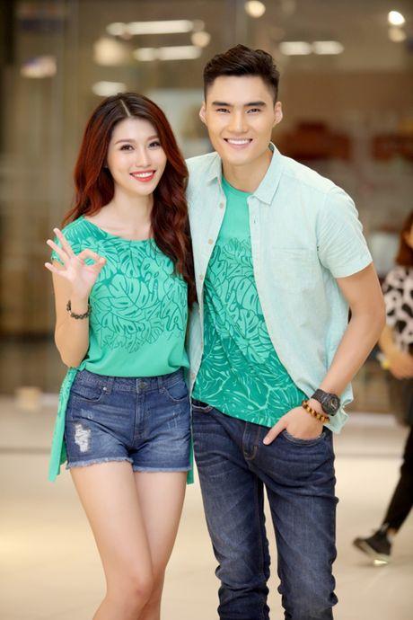 Quynh Chau, Quang Hung quan quit khi hop fan o HN - Anh 7