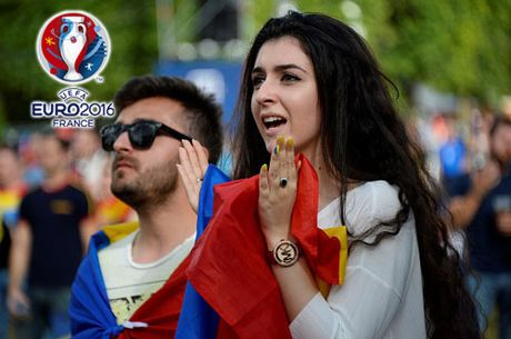 Ngan ngo truoc dan CDV xinh dep cua DT Romania - Anh 1