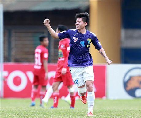 Nhieu xao tron tren bang xep hang sau vong 12 V.League 2016 - Anh 1