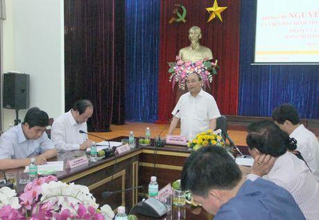 Thu tuong Chinh phu Nguyen Xuan Phuc lam viec voi Ban chi dao Tay Nguyen - Anh 1