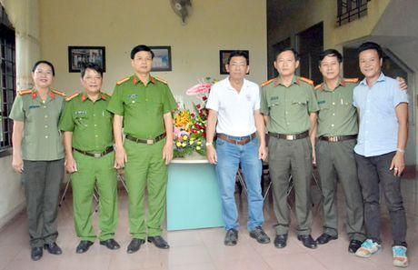 CA tinh Gia Lai tham VPDD Bao Cong an TP Da Nang tai Tay Nguyen - Anh 1