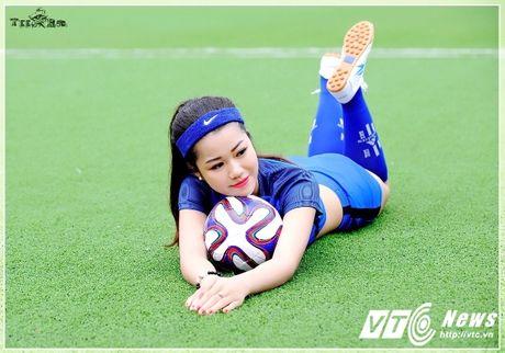 Hot girl Ha thanh xinh dep du doan doi tuyen Phap vo dich Euro 2016 - Anh 10