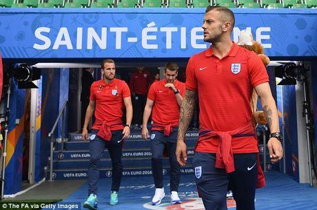 Tin tuc Euro 20/6: Tuyen Anh thay doi hinh, Bale dieu tri dac biet - Anh 2
