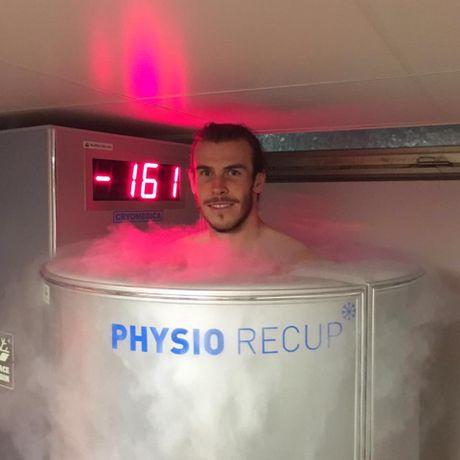 Tin tuc Euro 20/6: Tuyen Anh thay doi hinh, Bale dieu tri dac biet - Anh 4