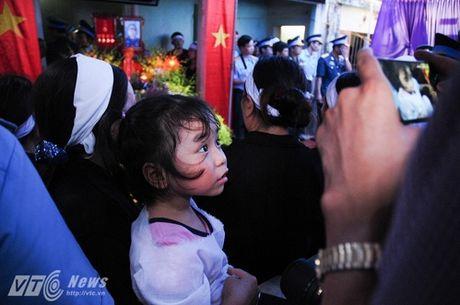 Bo phi cong Tran Quang Khai: 'Bay gio Khai mai mai la cua bau troi roi' - Anh 5