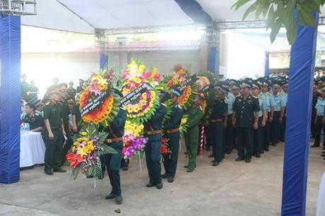 Nuoc mat lang le roi trong le truy dieu phi cong Tran Quang Khai - Anh 3