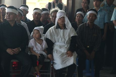 Nuoc mat lang le roi trong le truy dieu phi cong Tran Quang Khai - Anh 6