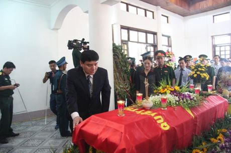 Nuoc mat lang le roi trong le truy dieu phi cong Tran Quang Khai - Anh 9