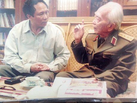 Nha bao Duong Ky Anh: Viet bao can trong chung cu phap ly - Anh 1
