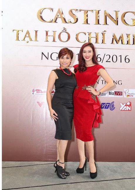 "Giam khao Tran Ly Ly va NTK Cory Tran ""ham mo"" nhan sac thi sinh casting Hoa hau Ban sac Viet toan cau - Anh 3"
