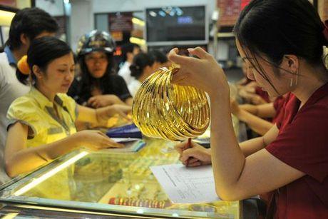 Gia vang hom nay 20/6 boc hoi 200 nghin dong/luong, gia USD dung yen - Anh 1