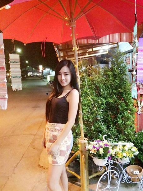 Hotgirl ban do an vat Thai Lan noi tieng vi qua… goi cam - Anh 6