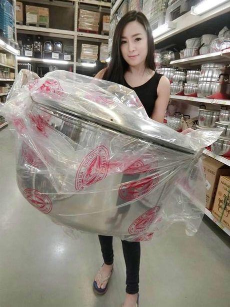 Hotgirl ban do an vat Thai Lan noi tieng vi qua… goi cam - Anh 8