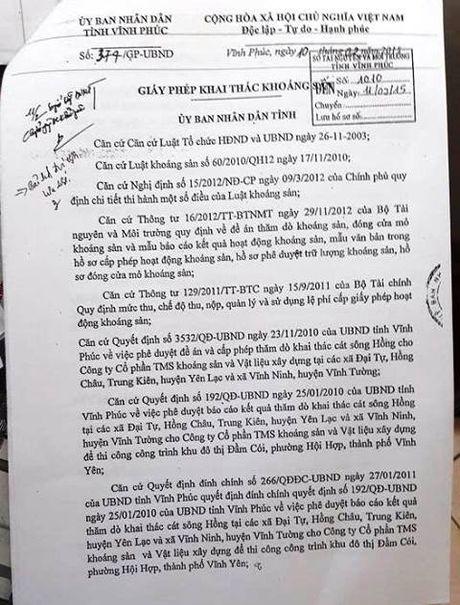 Vinh Phuc 'bat den xanh' cho doanh nghiep khai thac cat trai phep o Ha Noi? - Anh 1