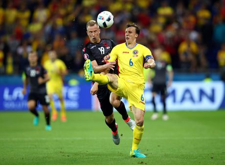 Albania vo oa trong chien thang lich su o EURO - Anh 12