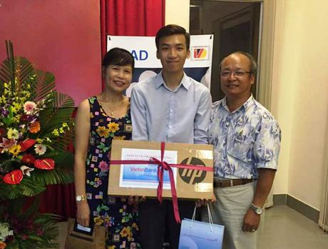 Sinh vien SIE gianh giai Nhat cuoc thi 'Science Slam 2016' - Anh 1
