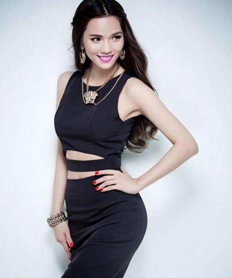"Ngoai Elly Tran, day la ""ba me 2 con"" nong bong nhat showbiz Viet - Anh 4"