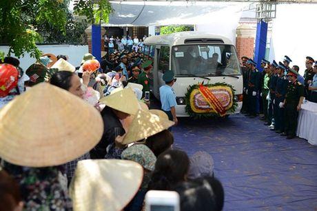 Nguoi dan tiec thuong phi cong xuat sac cua khong quan Viet Nam - Anh 11
