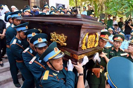 Nguoi dan tiec thuong phi cong xuat sac cua khong quan Viet Nam - Anh 15