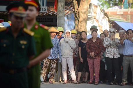 Tiec thuong tien Dai ta phi cong Tran Quang Khai ve voi bau troi - Anh 15