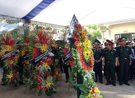 Tiec thuong tien Dai ta phi cong Tran Quang Khai ve voi bau troi - Anh 9