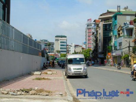 Nho bo cay chet kho tai 2 tuyen pho Tran Binh, Nguyen Hoang - Anh 3