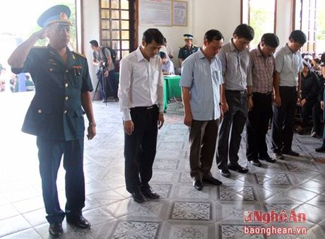 Lanh dao Dang, Nha nuoc, tinh Nghe An vieng Dai ta phi cong Tran Quang Khai - Anh 10