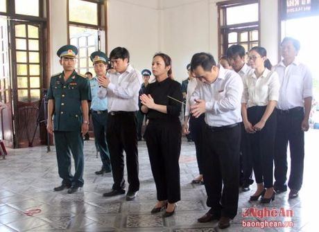 Lanh dao Dang, Nha nuoc, tinh Nghe An vieng Dai ta phi cong Tran Quang Khai - Anh 11