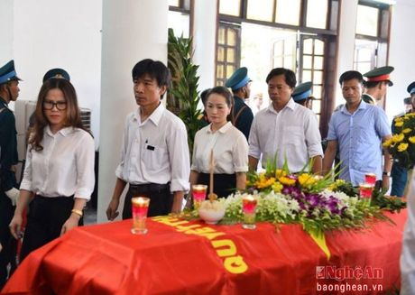 Lanh dao Dang, Nha nuoc, tinh Nghe An vieng Dai ta phi cong Tran Quang Khai - Anh 12