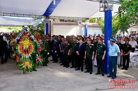 Lanh dao Dang, Nha nuoc, tinh Nghe An vieng Dai ta phi cong Tran Quang Khai - Anh 2