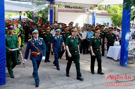 Lanh dao Dang, Nha nuoc, tinh Nghe An vieng Dai ta phi cong Tran Quang Khai - Anh 5