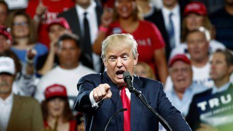 Vi sao Tong thong Obama cong kich Donald Trump manh me den vay? - Anh 2