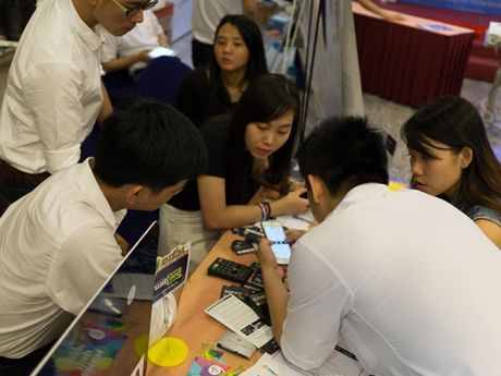 Trustpay gioi thieu cong nghe thanh toan Tap & Pay tai Vietnam Mobile Day 2016 - Anh 6