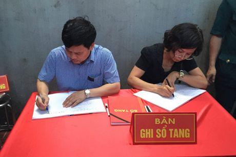 Dac cach vien chuc cho vo phi cong Tran Quang Khai - Anh 2