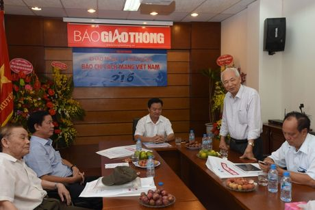 Bao Giao thong gap mat can bo huu tri - Anh 2