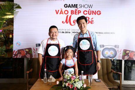 'Bo oi minh di dau the' - Dien vien Manh Truong va be Chip lam giam khao Gameshow - Anh 1