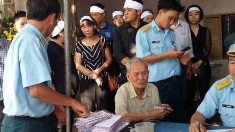 Nghen ngao giay phut nguoi cha gia don linh cuu Dai ta Tran Quang Khai tai que nha - Anh 2