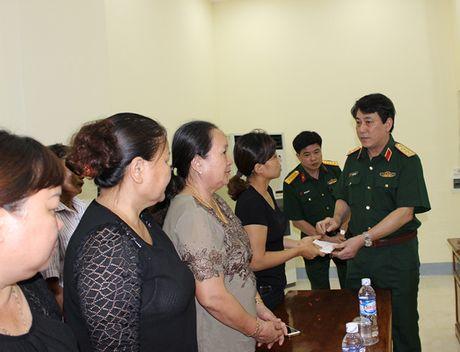 Pho Thu tuong tham hoi, dong vien gia dinh Dai ta Tran Quang Khai - Anh 5