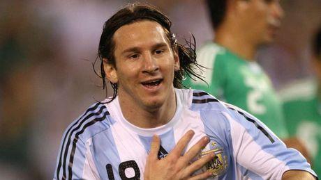 54 khoanh khac giup Messi sanh ngang 'vua doi bom' Batistuta (P1) - Anh 10