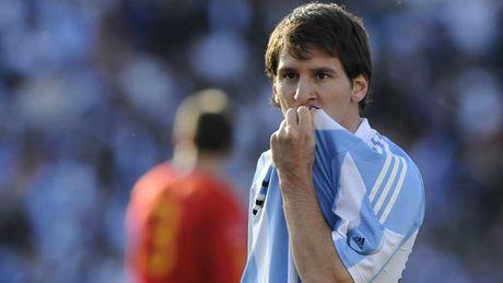 54 khoanh khac giup Messi sanh ngang 'vua doi bom' Batistuta (P1) - Anh 15